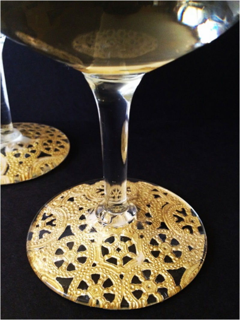 Doily DIY Champagne Glass Decoration for Xmas