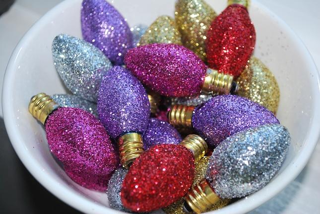 Vintage glitter lightbulbs DIY for Xmas DIY for Xmas