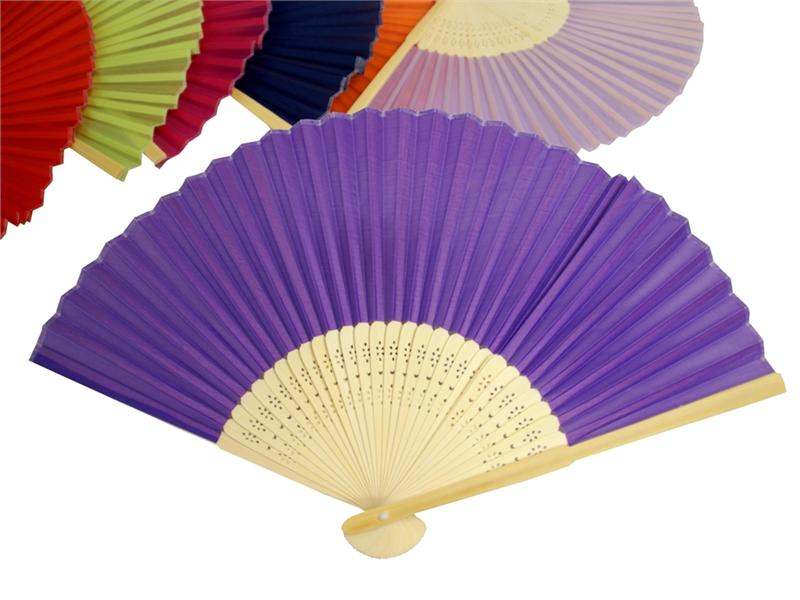 folding fans 11 romantic and whimsical wedding decorations you can get for really cheap online