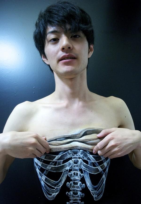 hyperrealistic-body-painting-by-hikaru-cho 1