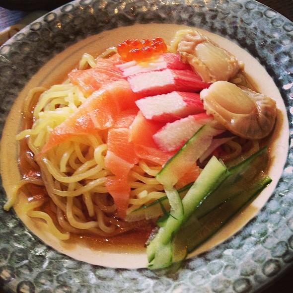 hiyashi chuka
