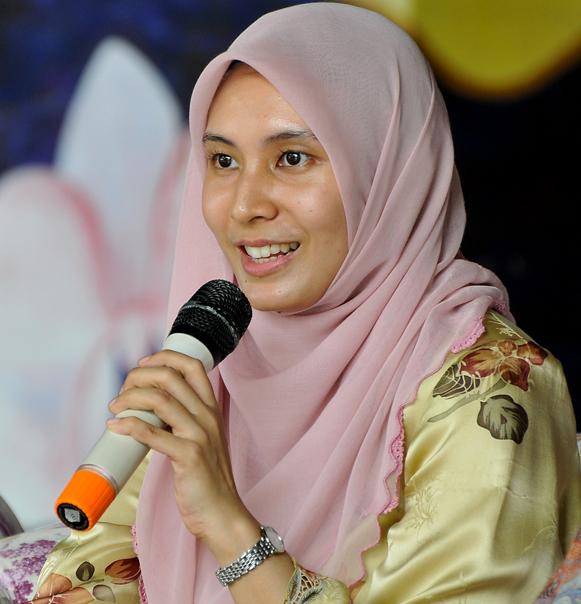 7 Hottest Malaysian Women In Politics